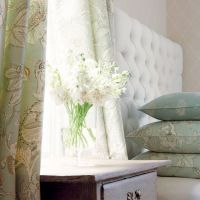 Thibaut Vernon wallpaper in Beige